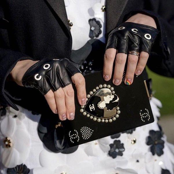 'Phạm Băng Băng' xứ Thái mô phỏng gu thời trang của Karl Lagerfeld tại Paris Fashion Week Ảnh 4