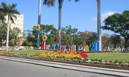 Quảng Nam: Quảng trường 24-3 rực rỡ trước Tết Canh Tý 2020 Ảnh 10