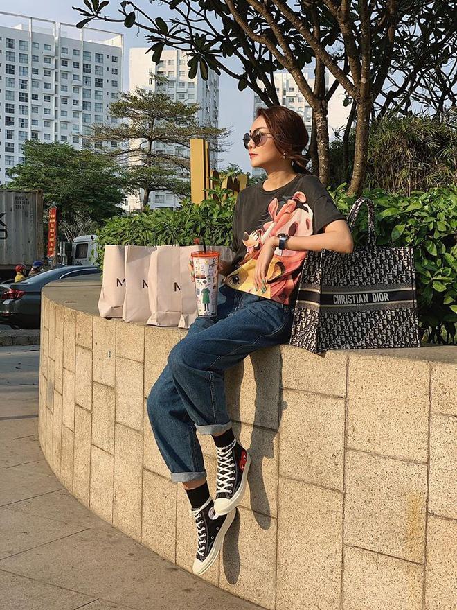 Midu, Hari Won và nhiều sao Việt sắm đồ hiệu diện Tết Ảnh 4