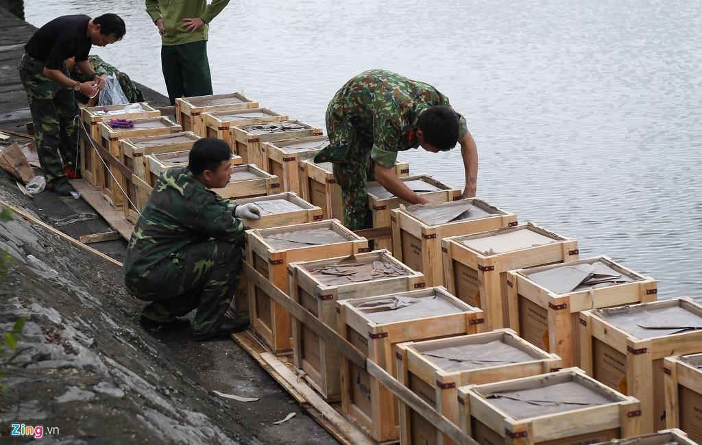 Trận địa pháo hoa trước giờ khai hỏa ở Hà Nội Ảnh 5