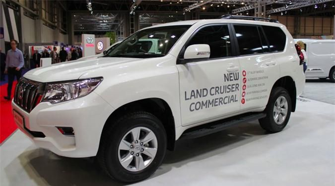 Chi tiết Toyota Land Cruiser Commercial, giá gần 1 tỷ đồng Ảnh 3