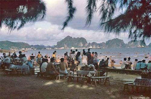 Kho ảnh khổng lồ về Việt Nam 1991-1993: Thiên đường Hạ Long Ảnh 3