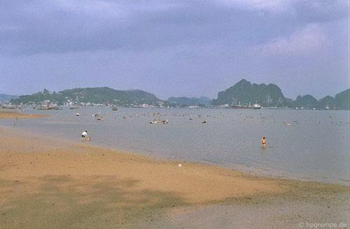 Kho ảnh khổng lồ về Việt Nam 1991-1993: Thiên đường Hạ Long Ảnh 1