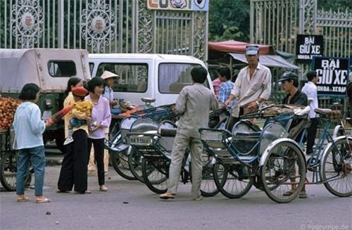 Kho ảnh khổng lồ về Việt Nam 1991-1993: Giao thông Sài Gòn Ảnh 3