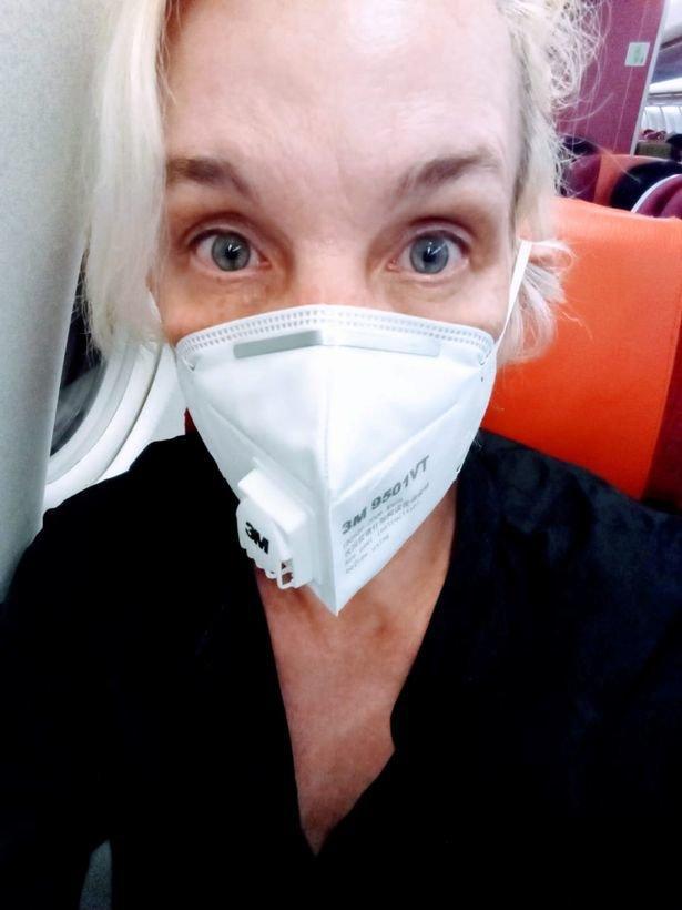 Sân bay Bắc Kinh vắng lặng như thị trấn bị bỏ hoang giữa 'bão' virus corona Ảnh 4