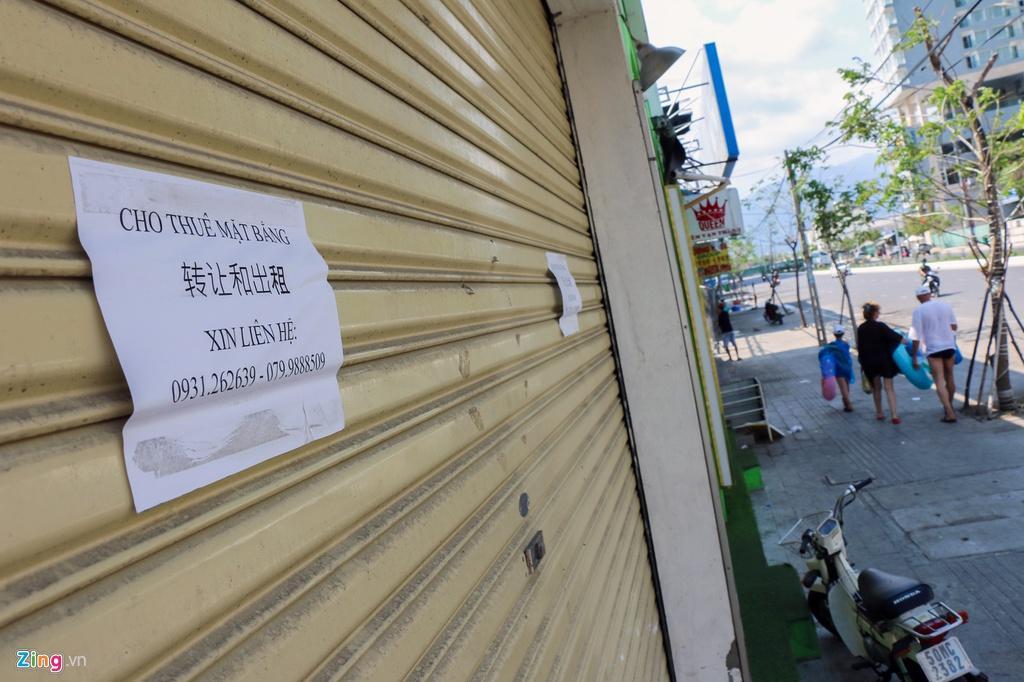 Đường vắng, quán đóng cửa khi ngưng đón khách Trung Quốc ở Nha Trang Ảnh 4