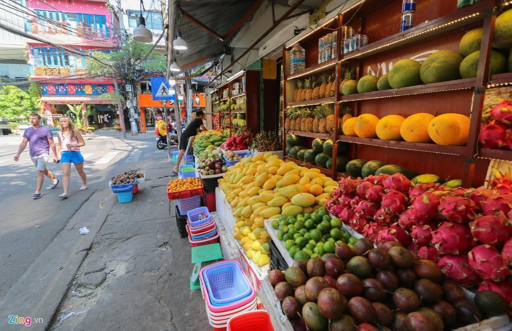 Đường vắng, quán đóng cửa khi ngưng đón khách Trung Quốc ở Nha Trang Ảnh 11