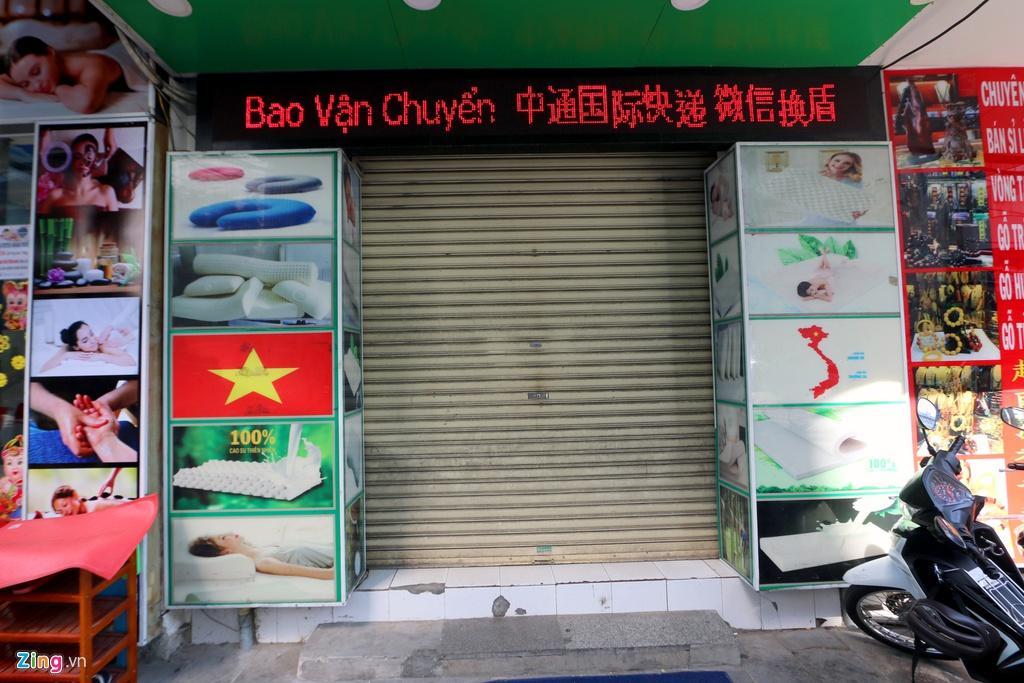 Đường vắng, quán đóng cửa khi ngưng đón khách Trung Quốc ở Nha Trang Ảnh 1