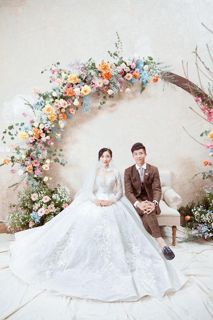 Cô dâu Nhật Linh xinh đẹp bên chú rể Văn Đức trong ngày cưới Ảnh 6