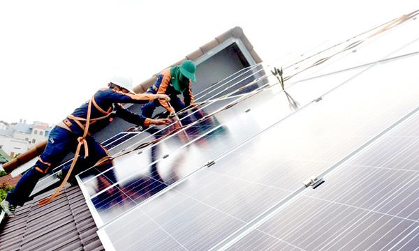 Hơn 1.260 khách hàng lắp đặt điện mặt trời mái nhà Ảnh 1
