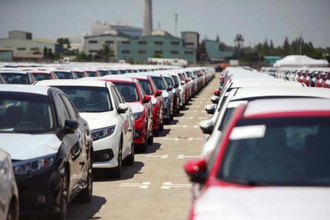 Xe nhập khẩu giảm mạnh đầu năm 2020 Ảnh 1