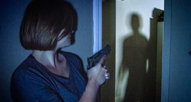 Tưởng nhà có trộm, cặp vợ chồng gọi cảnh sát và nhận cái kết 'ngã ngửa' Ảnh 1