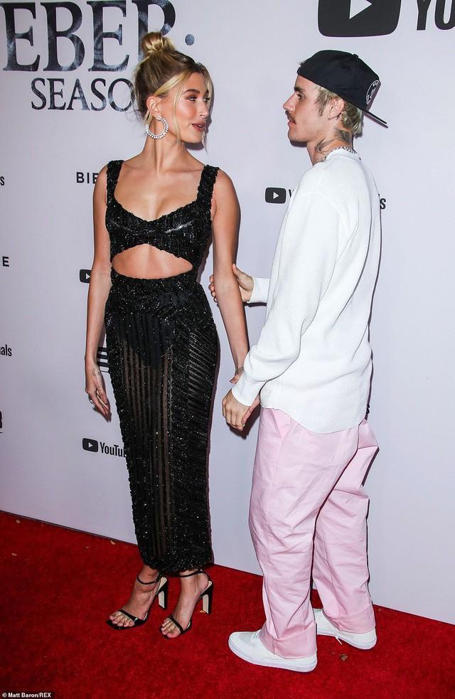 Justin Bieber mặc bộ đồ hồng rực, sành điệu đến phòng thu cùng bà xã Ảnh 9