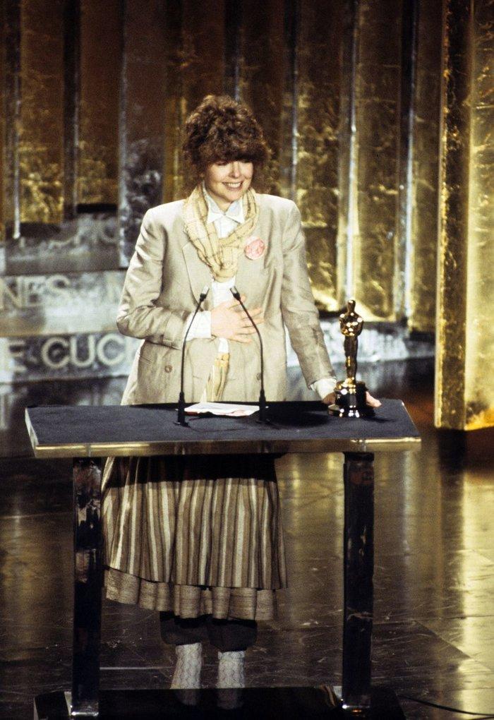 Anne Hathaway, Charlize Theron, Nicole Kidman, Angelina Jolie…mặc gì trong lần đầu tiên nhận giải Oscar? Ảnh 5