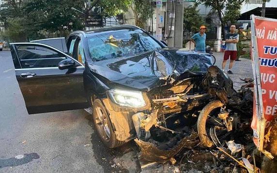 Bắt tài xế lái Mercedes tông chết người ở TP.HCM Ảnh 1