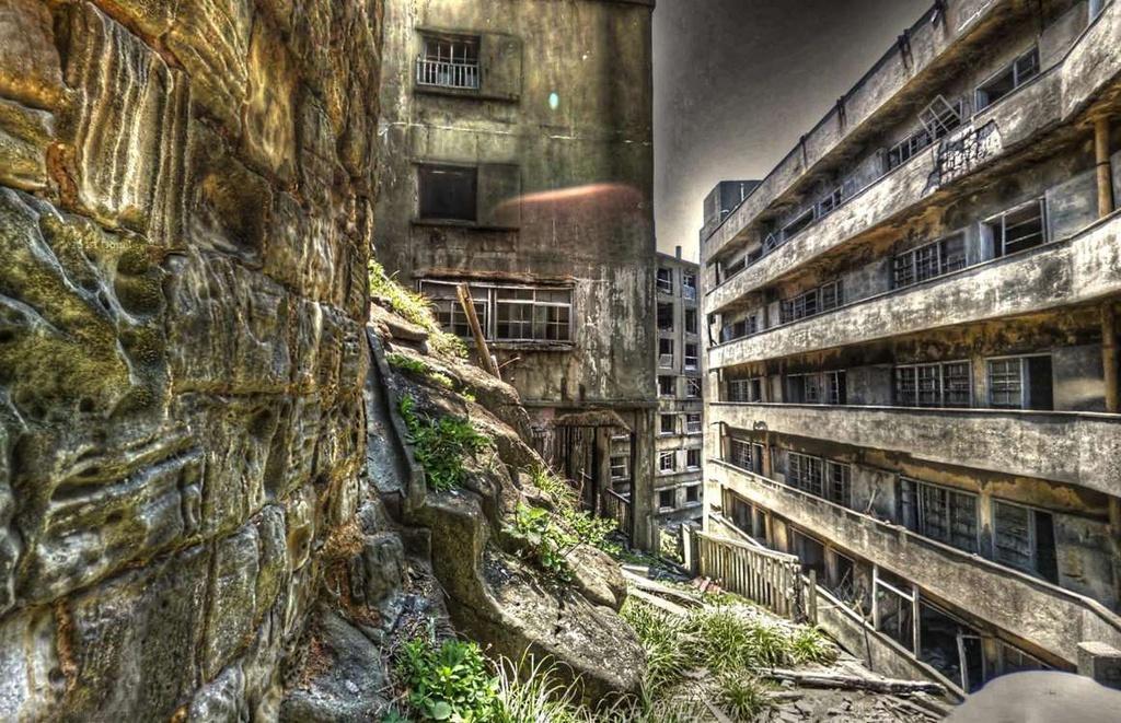 5 con đường bỏ hoang gây chú ý trên thế giới Ảnh 3