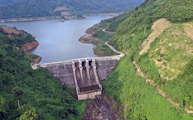 Nhiều nhà máy thủy điện miền trung thiếu nước trầm trọng Ảnh 1