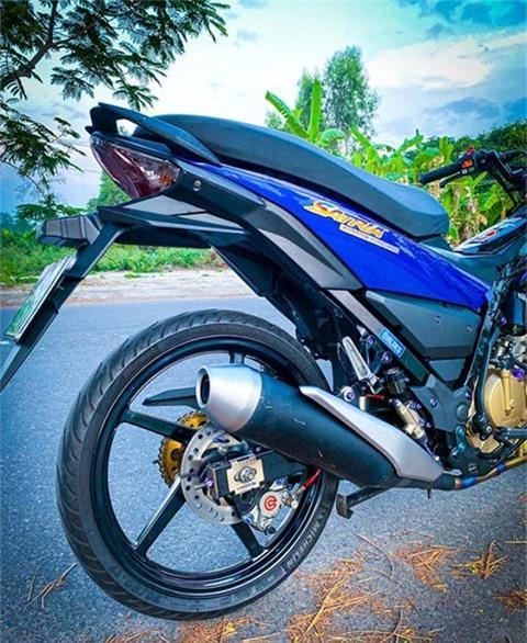 Suzuki Satria 150 độ 'cực ngầu', khiến Yamaha Exciter ganh tị Ảnh 4