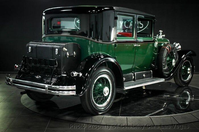 Xe Cadillac mui trần chống đạn của ông trùm Al Capone được đấu giá 1 triệu USD Ảnh 5