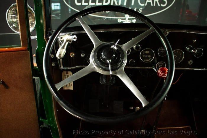 Xe Cadillac mui trần chống đạn của ông trùm Al Capone được đấu giá 1 triệu USD Ảnh 7