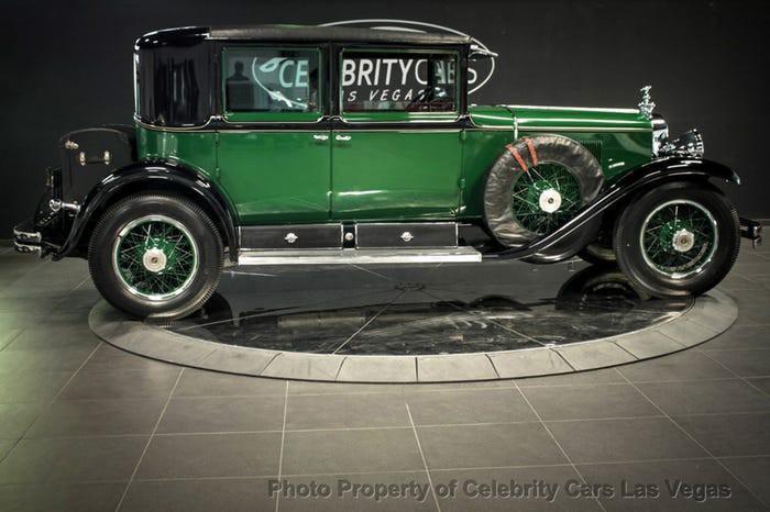 Xe Cadillac mui trần chống đạn của ông trùm Al Capone được đấu giá 1 triệu USD Ảnh 12