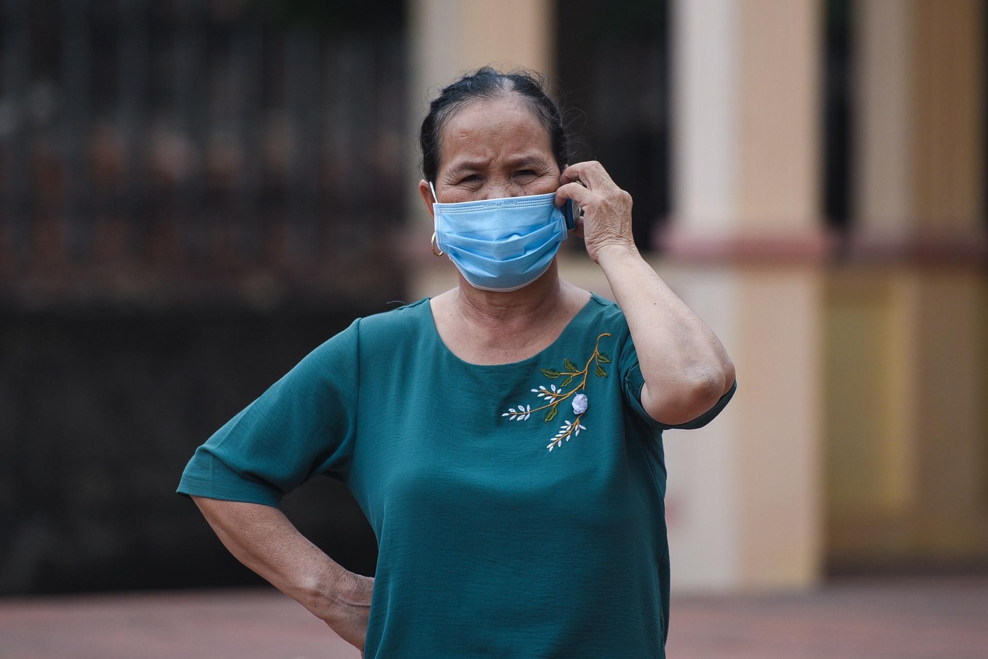 Cảnh 'nội bất xuất, ngoại bất nhập' ở tâm dịch virus corona Ảnh 12