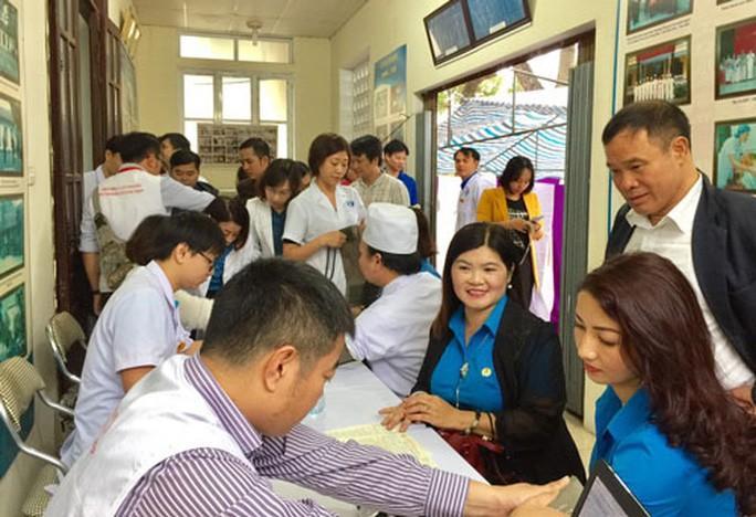 Hà Nội: Vận động CNVC-LĐ hiến máu cứu người Ảnh 1