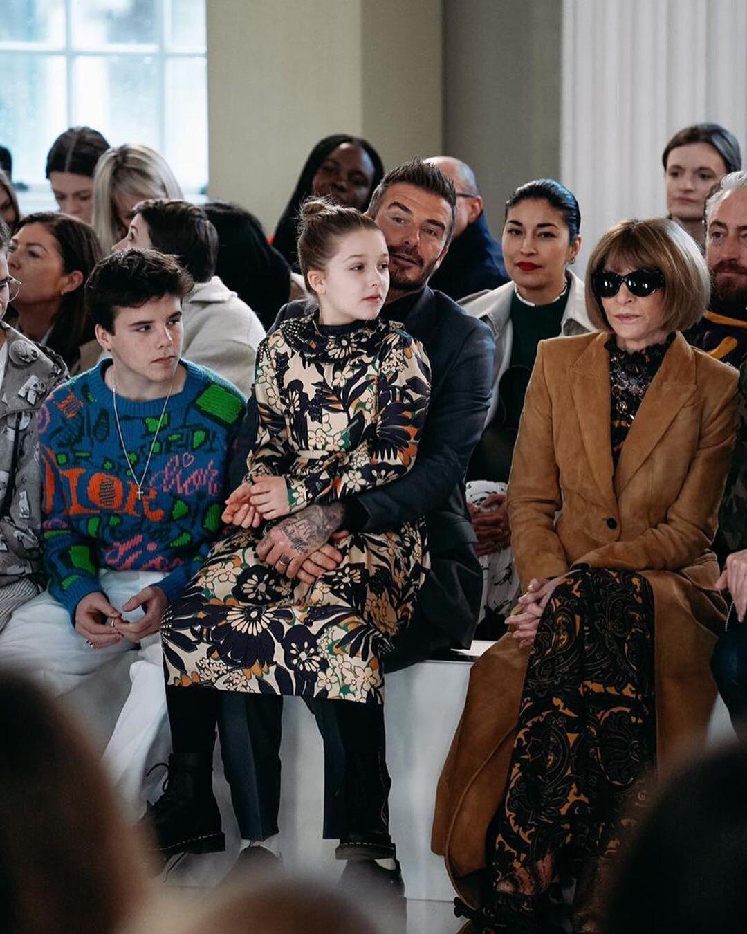 Tiểu công chúa nhà Beckham 'gây sốt' ở Tuần lễ thời trang London Ảnh 3