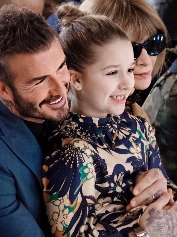 Tiểu công chúa nhà Beckham 'gây sốt' ở Tuần lễ thời trang London Ảnh 1