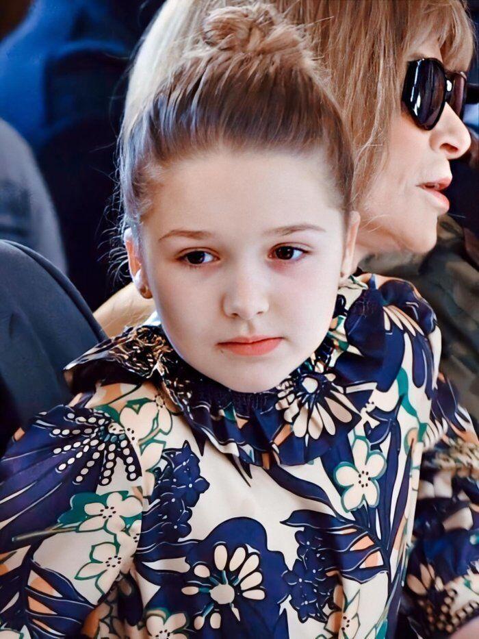 Tiểu công chúa nhà Beckham 'gây sốt' ở Tuần lễ thời trang London Ảnh 8