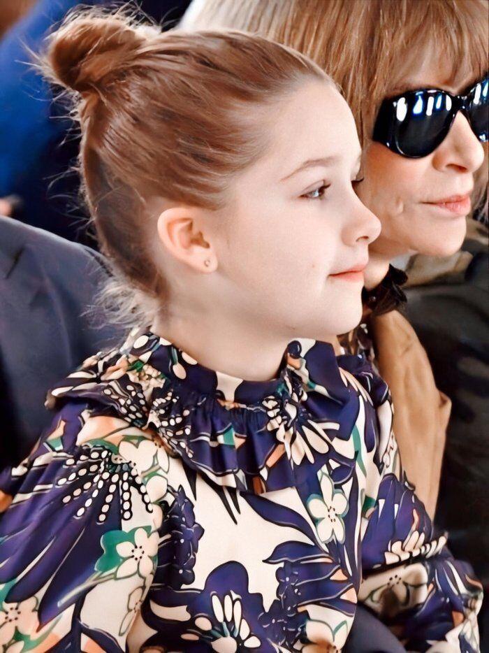 Tiểu công chúa nhà Beckham 'gây sốt' ở Tuần lễ thời trang London Ảnh 10