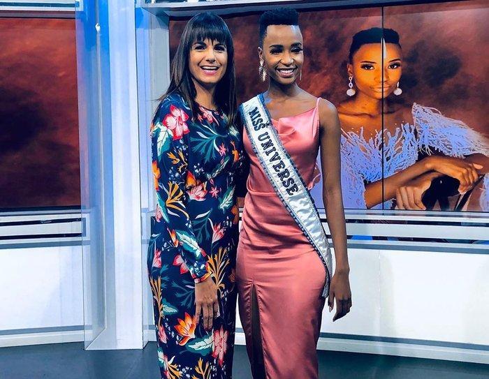 Mặc bikini trắng, Miss Universe 2019 như ngọc đen đẹp sững sờ, fan choáng váng với body Ảnh 10
