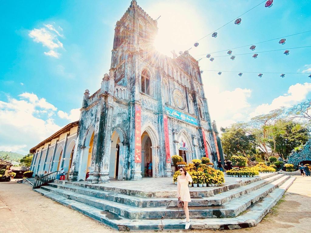 Phú Quốc, Phú Yên hút khách giữa dịch corona nhờ thời tiết ấm áp Ảnh 10