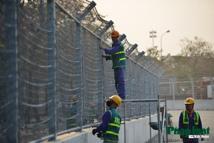 Toàn cảnh đường đua F1 đang gấp rút hoàn thành Ảnh 11