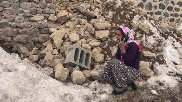 Động đất ở biên giới Iran - Thổ Nhĩ Kỳ, 9 người chết Ảnh 1