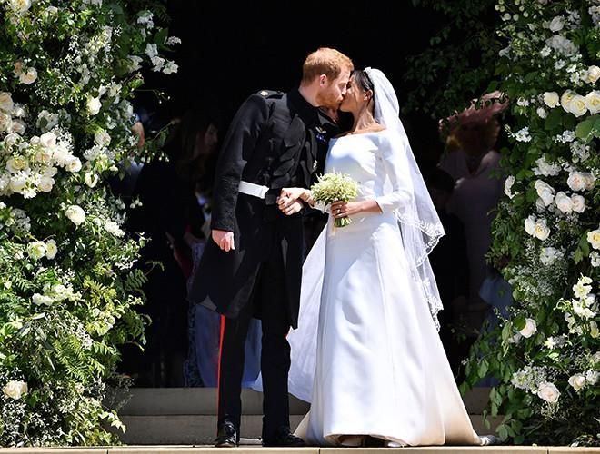 Chiêm ngưỡng 12 mẫu váy cưới đẹp nhất trong lịch sử Hoàng gia các nước Ảnh 22
