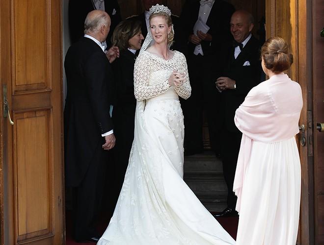Chiêm ngưỡng 12 mẫu váy cưới đẹp nhất trong lịch sử Hoàng gia các nước Ảnh 6
