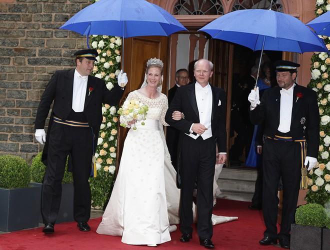Chiêm ngưỡng 12 mẫu váy cưới đẹp nhất trong lịch sử Hoàng gia các nước Ảnh 5