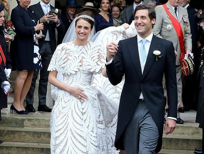 Chiêm ngưỡng 12 mẫu váy cưới đẹp nhất trong lịch sử Hoàng gia các nước Ảnh 23
