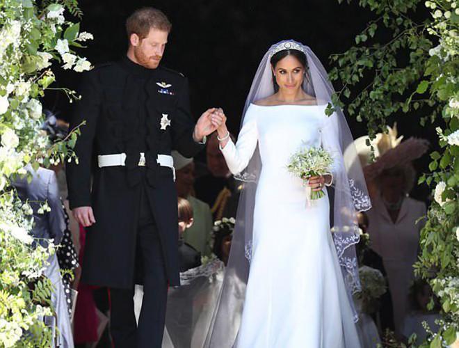 Chiêm ngưỡng 12 mẫu váy cưới đẹp nhất trong lịch sử Hoàng gia các nước Ảnh 21