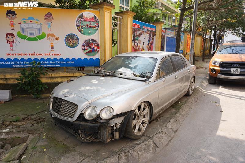 Xe sang Bentley Continental gần 20 tỷ đồng bị 'vứt xó' ở Hà Nội Ảnh 1