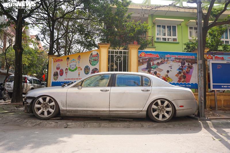 Xe sang Bentley Continental gần 20 tỷ đồng bị 'vứt xó' ở Hà Nội Ảnh 16