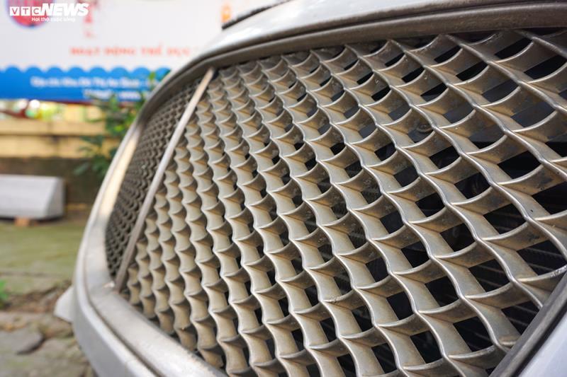 Xe sang Bentley Continental gần 20 tỷ đồng bị 'vứt xó' ở Hà Nội Ảnh 4