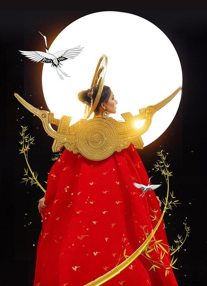 Hé lộ ý nghĩa bộ trang phục dân tộc của Hoài Sa tại Miss International Queen 2020 Ảnh 5