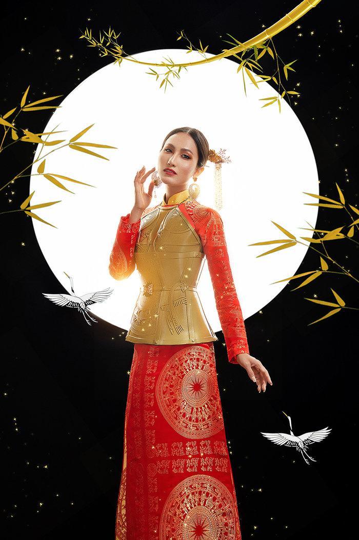 Hé lộ ý nghĩa bộ trang phục dân tộc của Hoài Sa tại Miss International Queen 2020 Ảnh 8