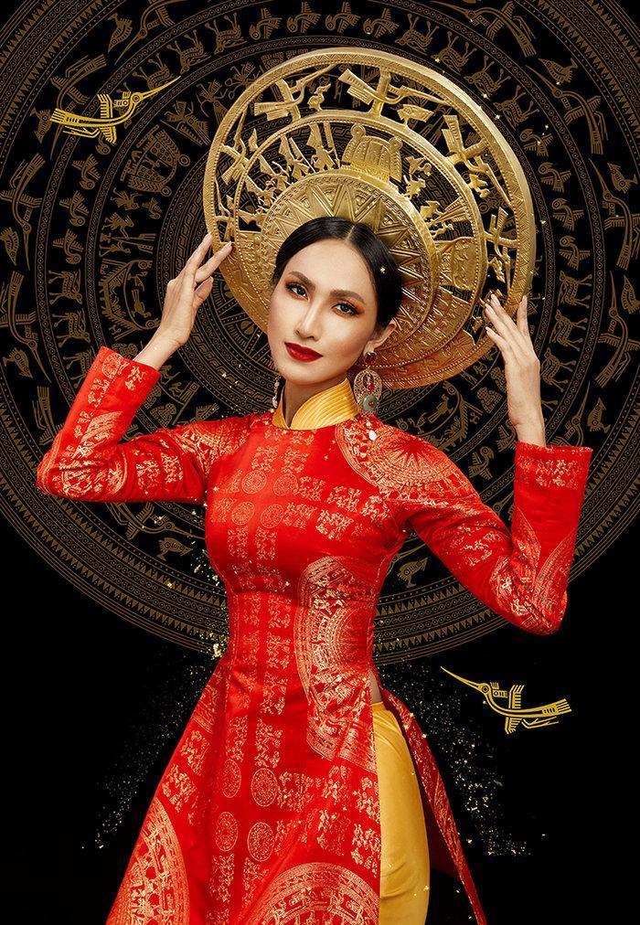 Hé lộ ý nghĩa bộ trang phục dân tộc của Hoài Sa tại Miss International Queen 2020 Ảnh 2