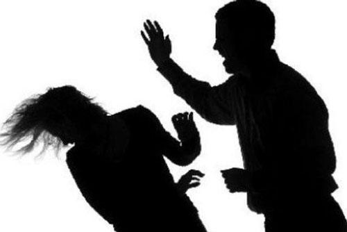 Dù có tha thứ, hòa giải thì chồng vẫn cứ bạo hành vợ khi vẫn không giải quyết điều gốc rễ này? Ảnh 1