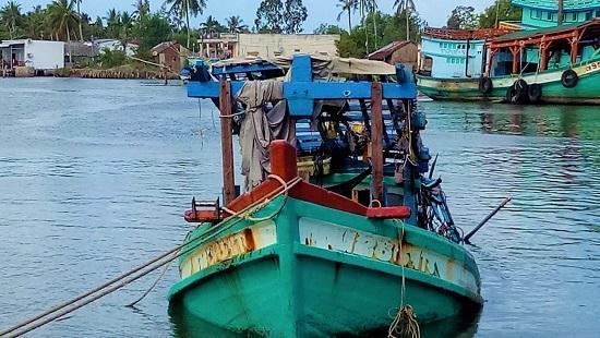 Tìm thấy 3 thi thể thuyền viên bị mất tích trên biển Cà Mau Ảnh 1
