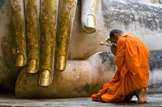 Vô tình bất kính với Phật, phải làm sao? Ảnh 1