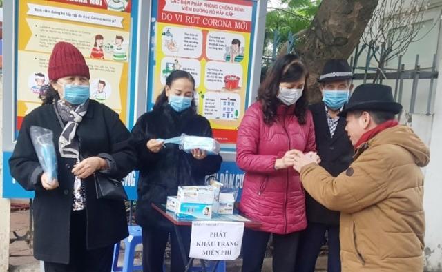 Quận Thanh Xuân: Phụ nữ chung tay phòng, chống dịch Covid-19 Ảnh 2